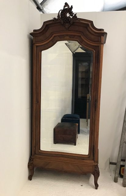Antique French Armoire - sc109